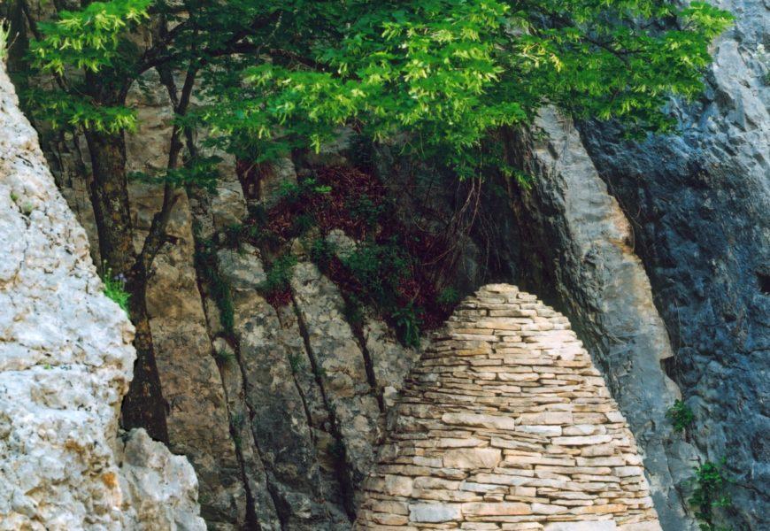 Sentinelle des Clues de Barles – Andy Goldsworthy